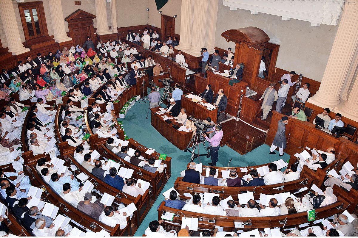 opposition in punjab assembly slams siraj durrani s arrest