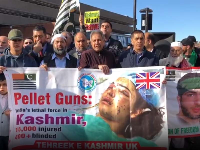 kashmiris protest against indian atrocities in uk