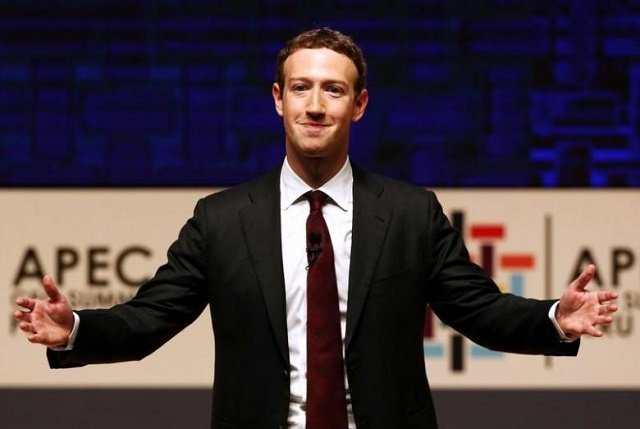 mark zuckerberg gestures while addressing the audience during a meeting of the apec asia pacific economic cooperation ceo summit in lima peru november 19 2016 photo reuters