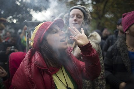 who estimates smoking kills about 7 million people a year photo afp