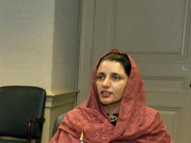 minister stresses higher number of women in workforce