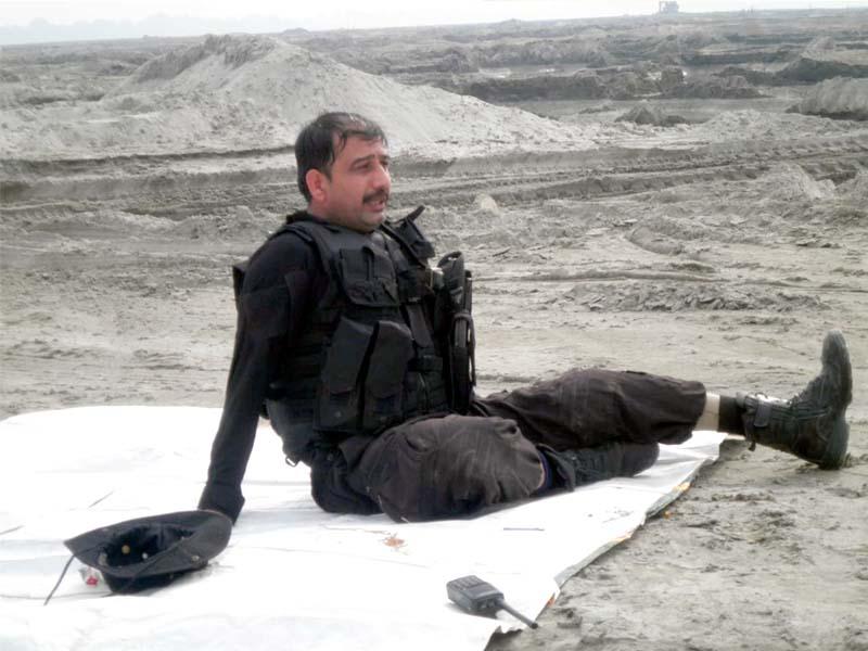 di khan police bds squad s inayatullah khan tiger and his new artificial leg photo express