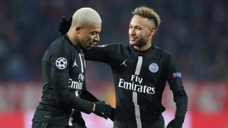 the judgement is separate to an ongoing investigation by uefa regarding psg 039 s 2017 18 finances    the season in which the club signed neymar in a world record 222 million euros 252 million deal from barcelona and kylian mbappe from as monaco photo reuters