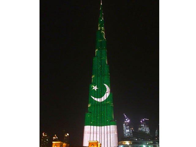 burj khalifa lights up in colours of pakistani flag photo courtesy burj khalifa
