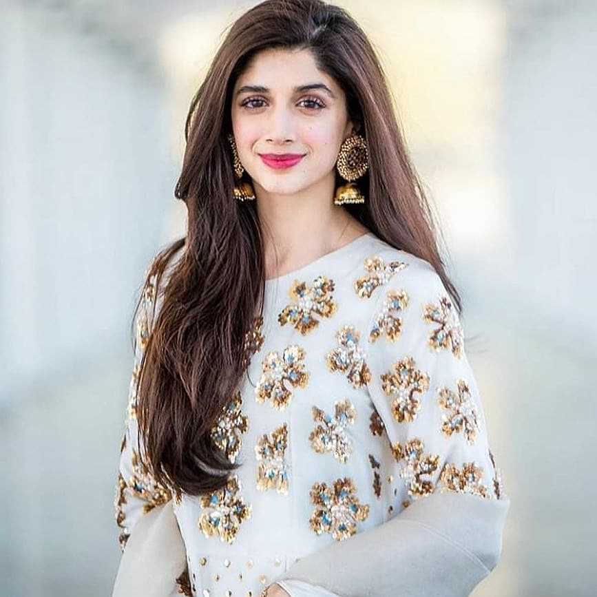 stop pitting actresses against each other mawra hocane