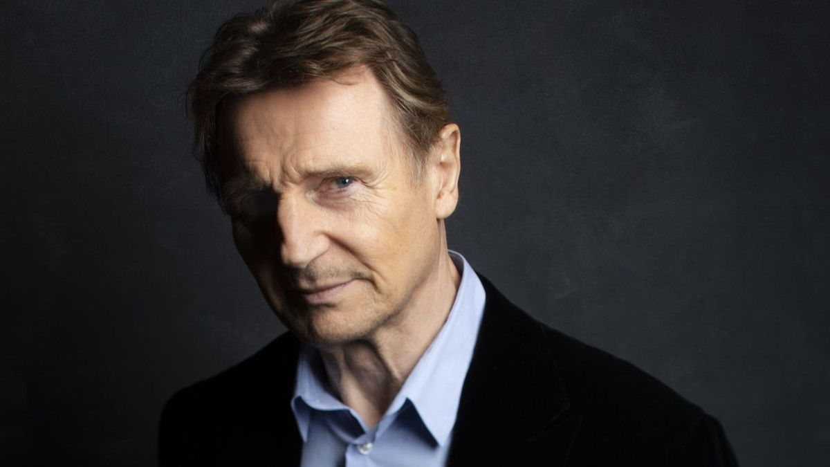 liam neeson apologises for unacceptable thoughts regarding black man