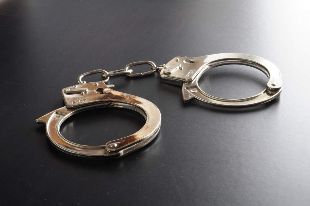 two motorcycle lifters arrested in kasur