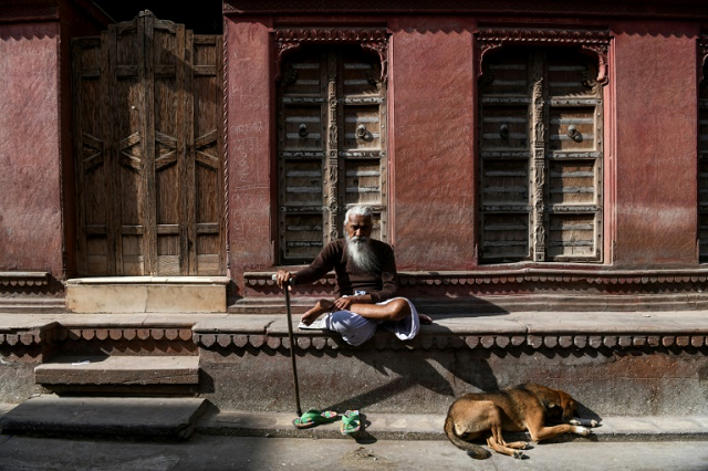 The resplendent palaces of Bikaner once hosted royalty and wealthy merchants passing through India's deserts with their caravans, but centuries later these bygone architectural masterpieces are crumbling under neglect. PHOTO: AFP