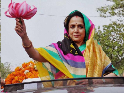 hema malini brutally trolled for political campaign