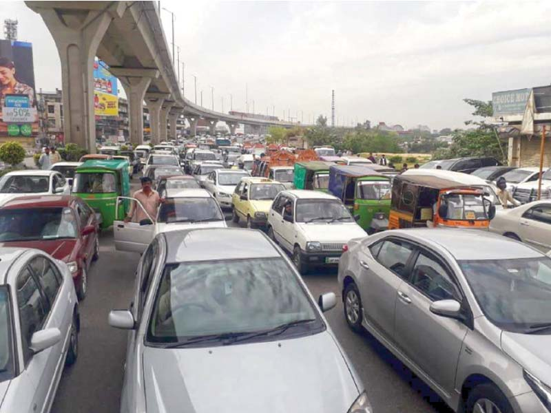 a traffic jam in rawalpindi on friday afternoon photo agha mehroz express