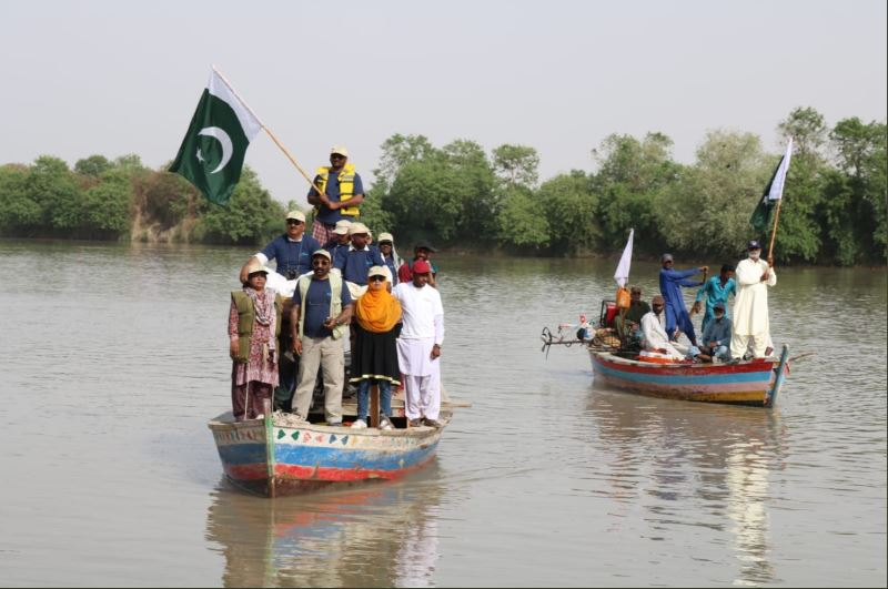 Sindh Wildlife Department's latest survey discovers 500 new Indus River dolphins. PHOTO COURTESY: MUHAMMAD KHAWAR KHAN