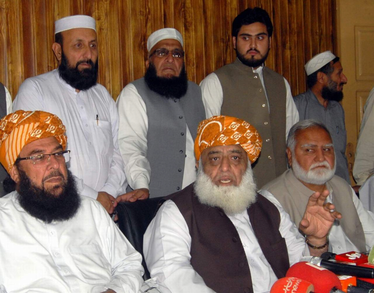 jui f chief maulana fazlur rehman address news conference in peshawar on saturday photo express