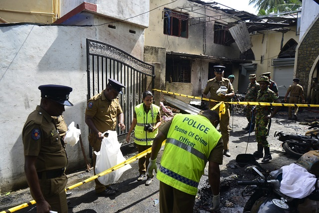 interpol sends team to investigate sri lanka attacks
