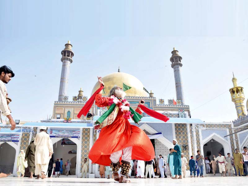 urs celebrations of lal shahbaz qalandar begin