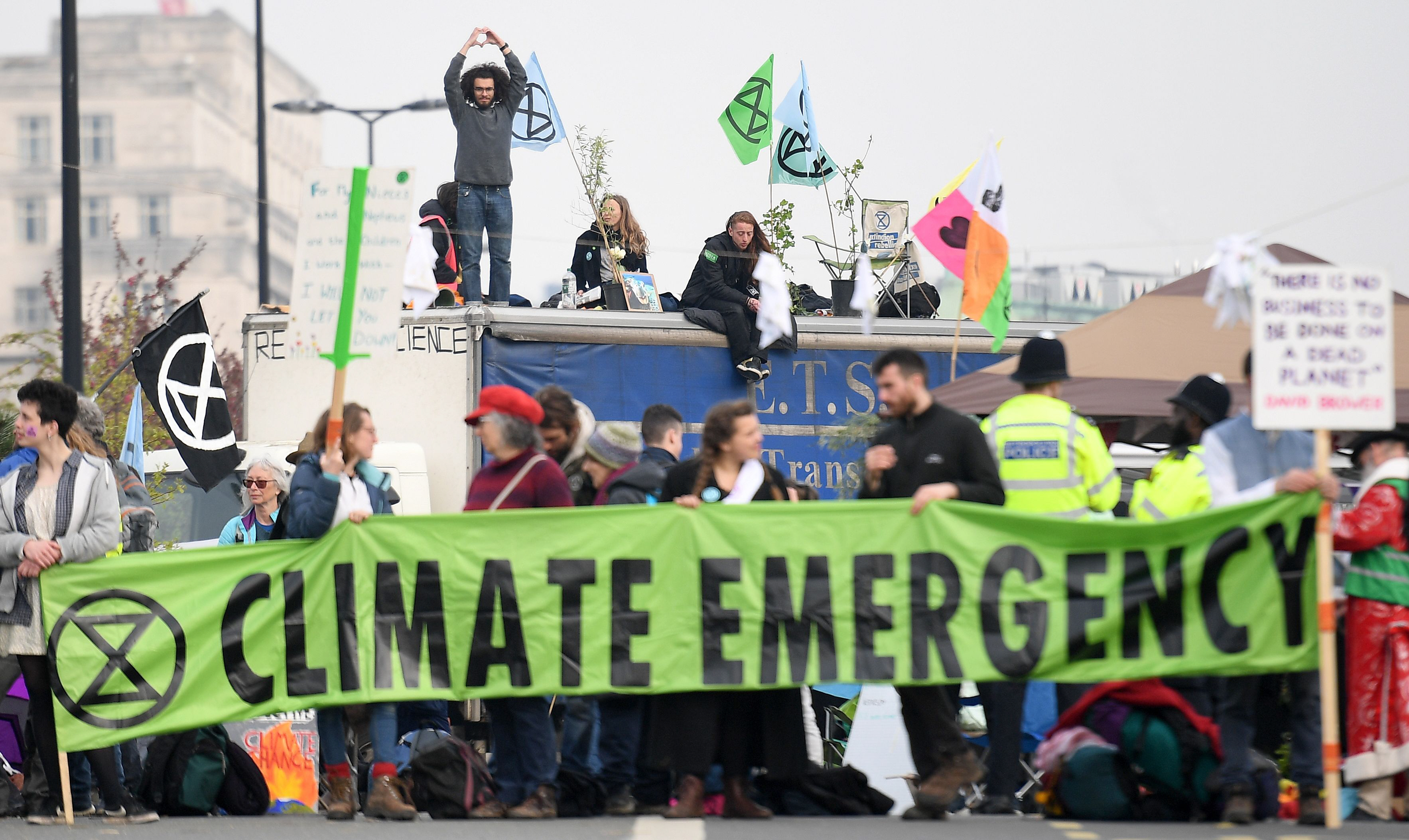 london climate protests move to stock exchange