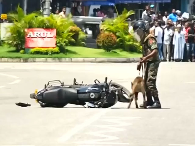 bomb scare suspicious vehicle rattle sri lanka amid attack probe