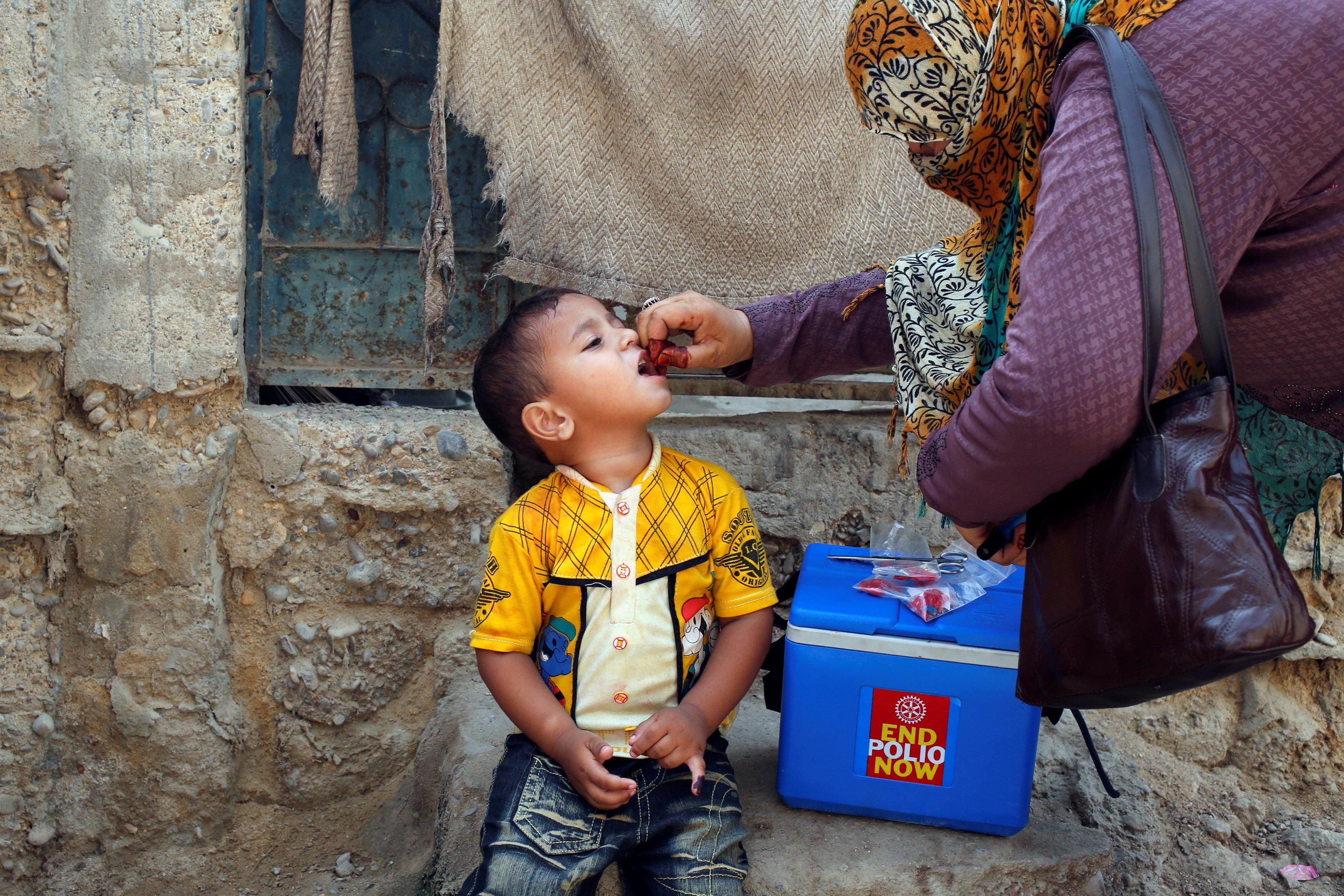 Anti-polio vaccine teams on edge after fatal attacks. PHOTO: REUTERS
