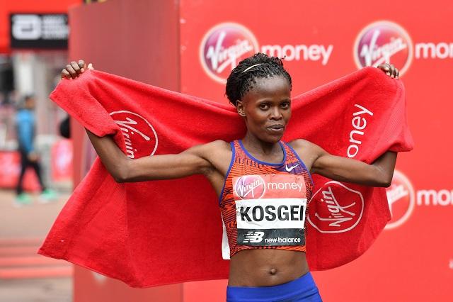 kenya s kosgei wins women s london marathon