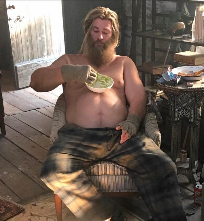 makers defend thor s pot belly in avengers endgame