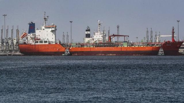 fujairah port uae s oil lifeline outside strait of hormuz