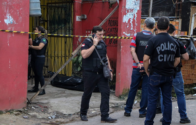 eleven killed in shooting in bar in brazil officials