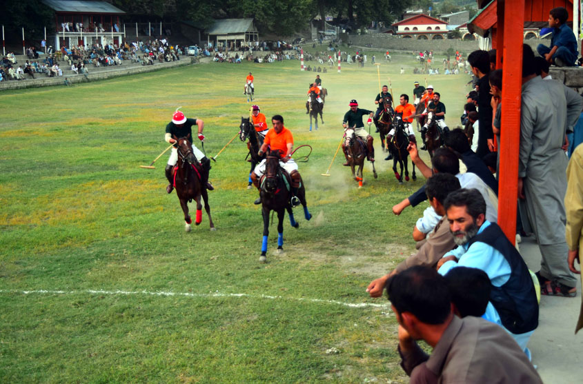 shandur hopes to attract hordes of foreign tourists to annual polo festival