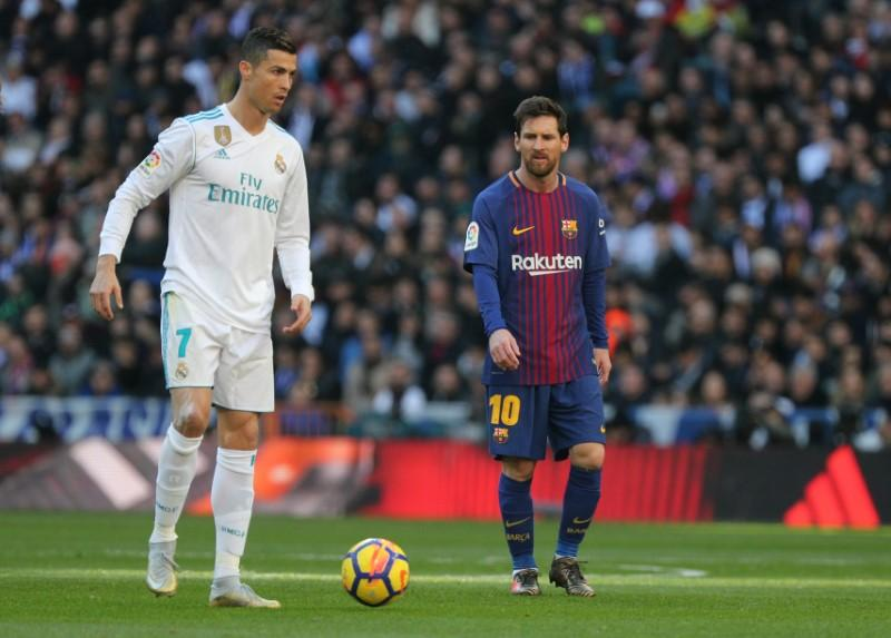 argentina legend rates cristiano ronaldo above compatriot lionel messi here is why