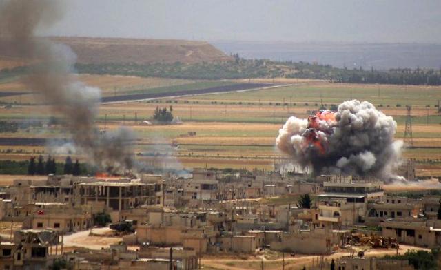 regime and russia bombardment kills 28 in northwest syria monitor