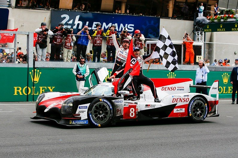 toyota locks out le mans front row