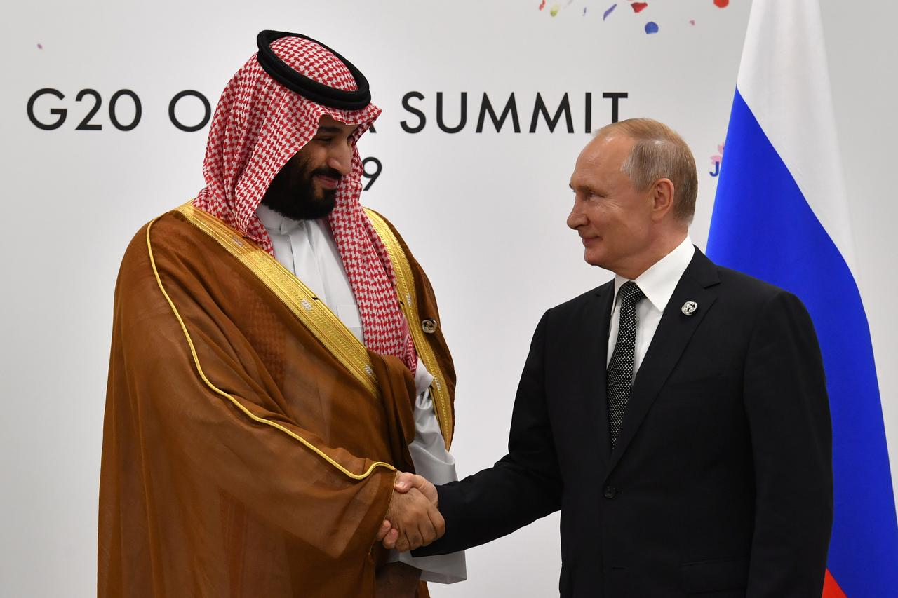 Putin says the deal will be extended in its current form and with the same volumes. PHOTO: REUTERS