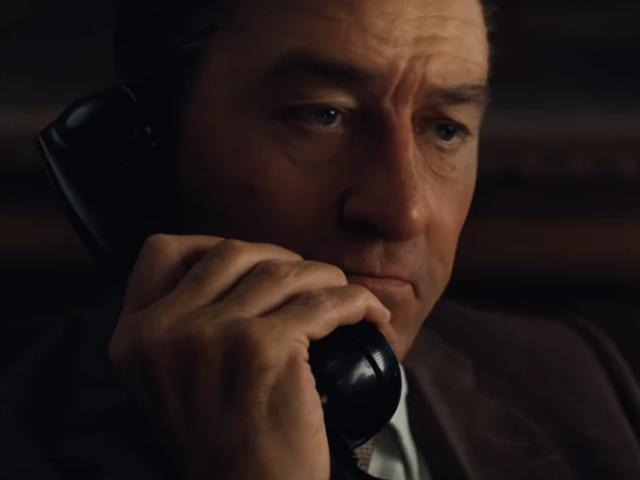 robert de niro looks unbelievably young in much awaited the irishman trailer