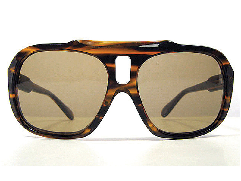 cheap sunglasses can damage one s eyesight say experts