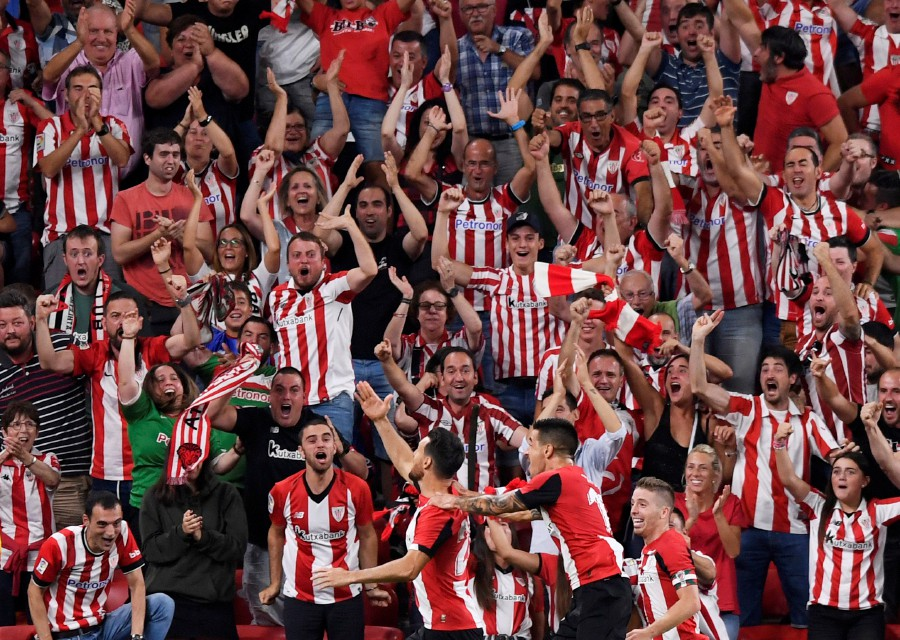 SThis was a spectacular start to the finale as Aduriz threw himself into the air and acrobatically volleyed past Marc-Andre ter Stegen to send San Mames wild on La Liga's opening night. PHOTO: REUTERS