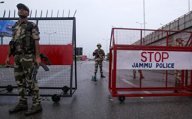curfew in iok enters 13th day