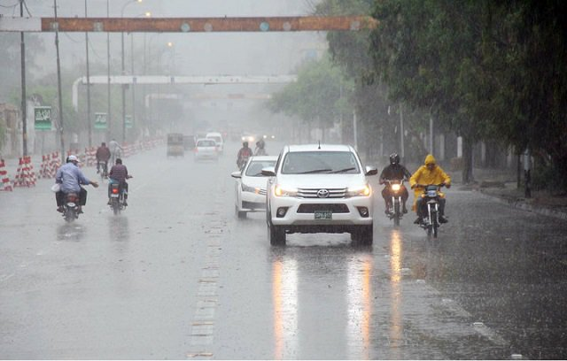 more thundershowers to lash karachi other sindh cities from wednesday