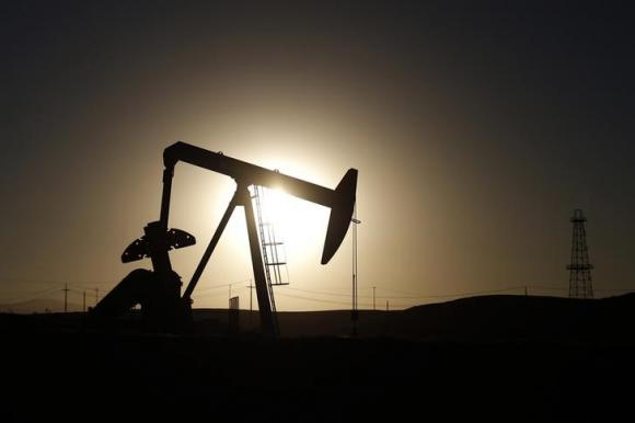 oil prices fall but set for weekly gain as trade rhetoric eases