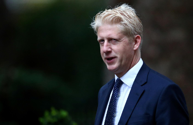 boris johnson s brother resigns from uk government
