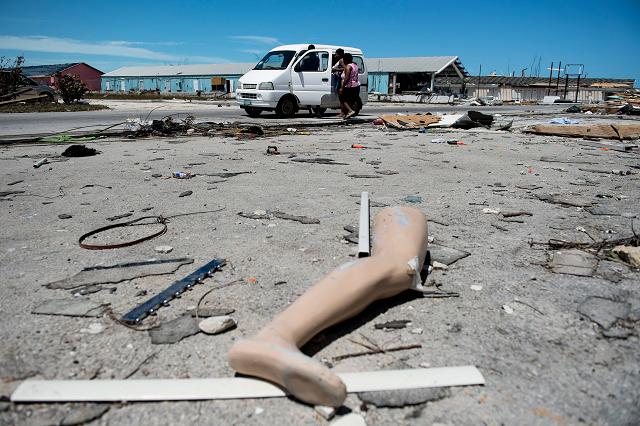 dorian leaves 30 dead in bahamas prime minister