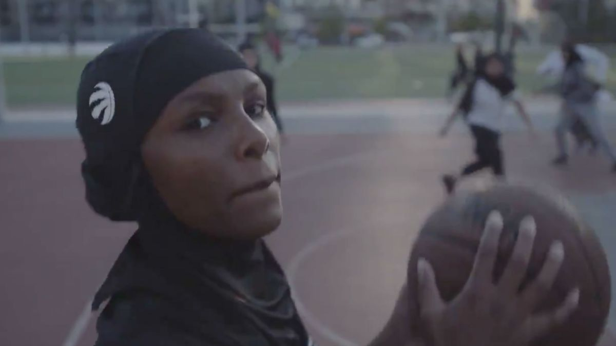 the-hijabi-ballers-project-based-in-the-greater-toronto-area-seeks-to-recognize-and-celebrate-the-athleticism-of-muslim-girls-and-women-photo-courtesy-raptors-twitter