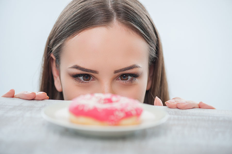 4 tips to easily stop overeating