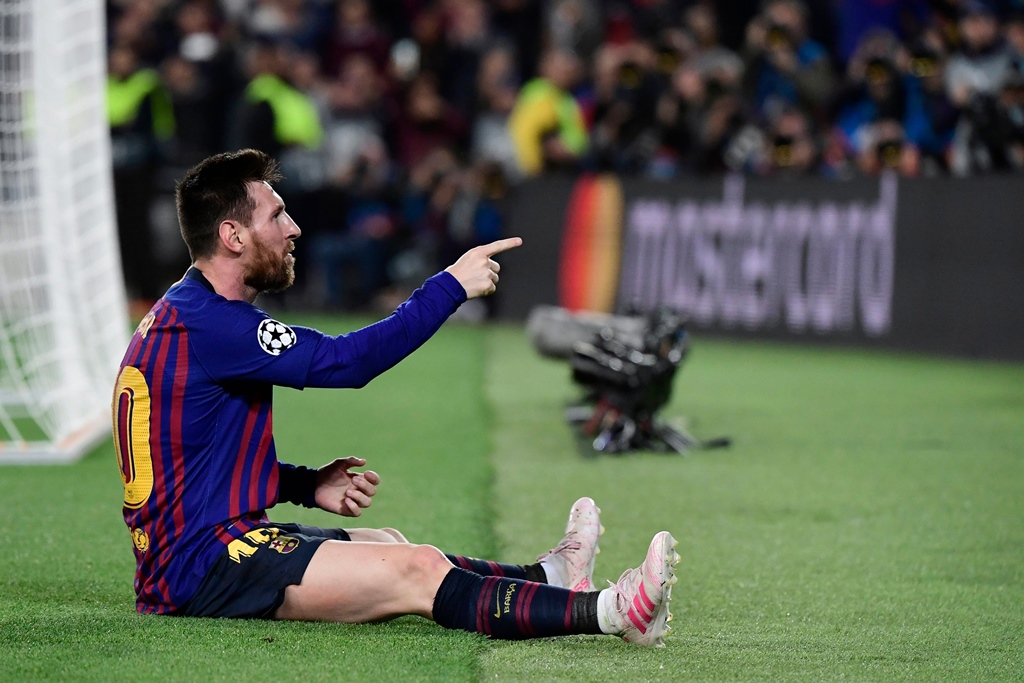 xavi thinks this player is winning the race to succeed messi