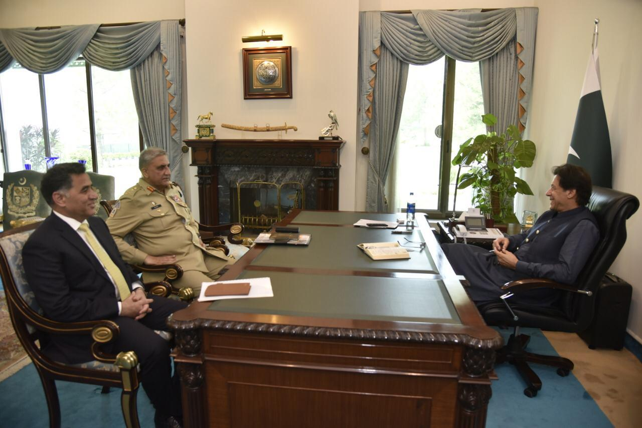 PM Imran Khan meets COAS, ISI chief at PM House in Islamabad on Wednesday. PHOTO: PM HOUSE