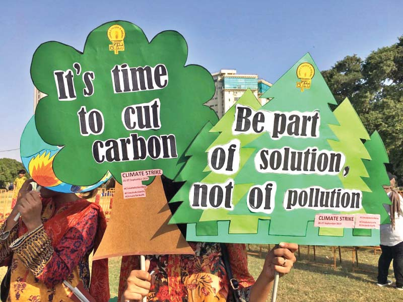 A large number of students, activists and environmentalists gathered in Karachi to voice their concerns and demand immediate action on climate change. PHOTOS: EXPRESS