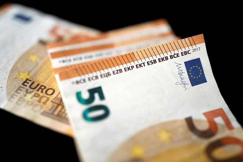 pakistan to float eurobonds sukuk through mtn