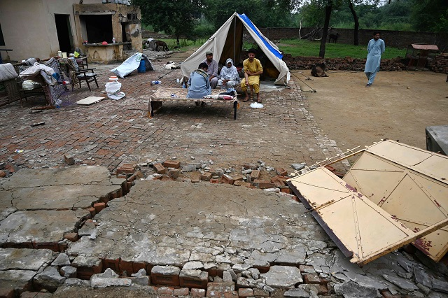 another aftershock rocks ajk rain affects relief work