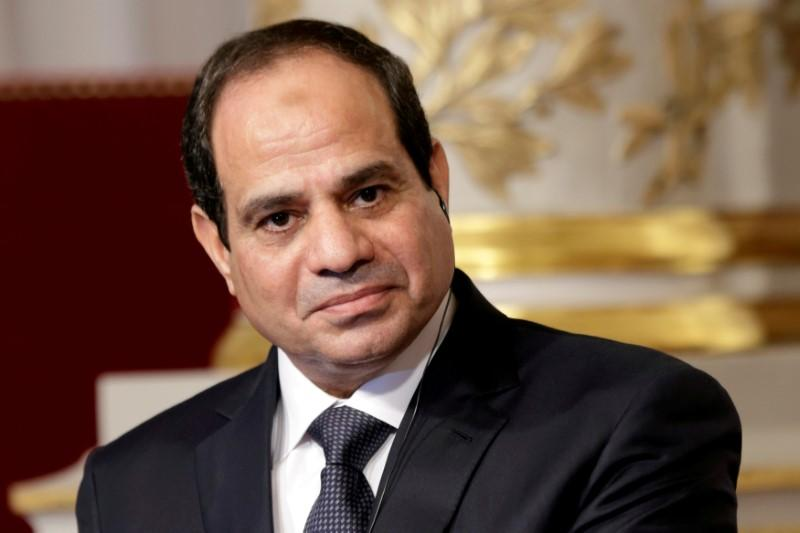 egypt s rival camps wage online battle over president sisi