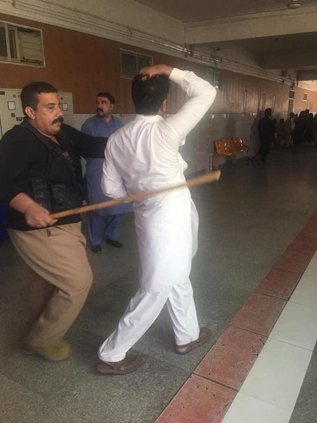 police break up doctors protest in peshawar several arrested