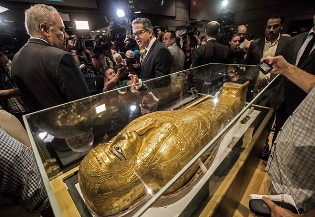 stolen golden coffin makes return from new york to cairo