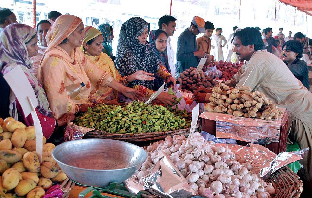 commercial activities in gawalmandi irk residents