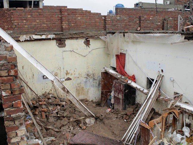 at least 17 dead several injured as heavy rains lash punjab